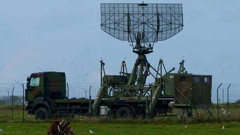 Un radar Aladin de type ANGD a été repéré par un membre de Greenpeace ce lundi 10 novembre. Il s'est depuis volatilisé. Crédits photo: Rousselet Yannick/Twitter