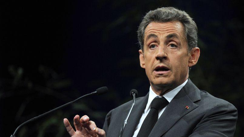 Candidat à la présidence de l'UMP, Nicolas Sarkozy a annoncé qu'il souhaitait abroger la loi Taubira et entend créer deux types de mariage: un pour les homosexuels, un pour les hétérosexuels.
