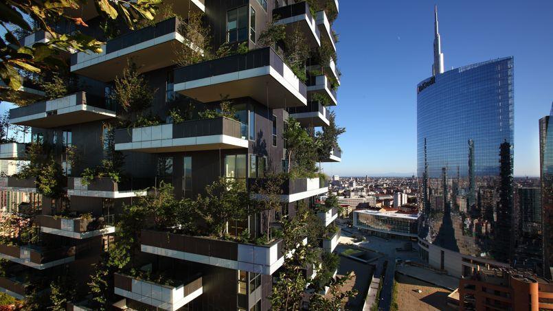 Milan un hectare de for t plant sur deux tours for A la verticale du jardin grenoble