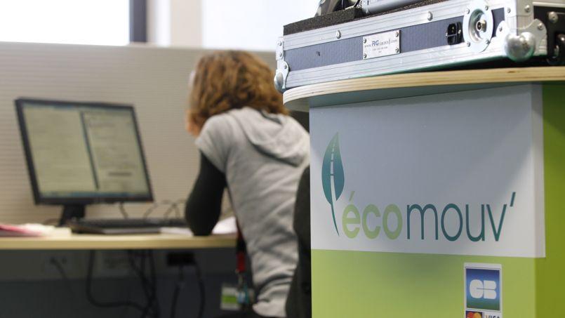 La société Écomouv', qui était chargée de la gestion de l'écotaxe, est installée sur une ancienne base militaire aérienne, à Augny, dans la banlieue de Metz.