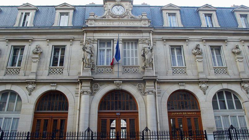 Paris: un collège du XVIe en grève