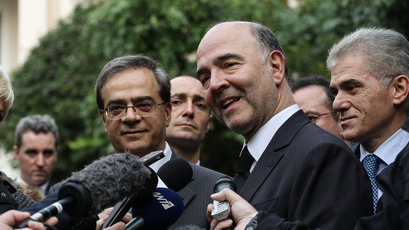 Pierre Moscovici, en Grèce, avec le ministre grec des Finances, Gikas Hardouvelis.