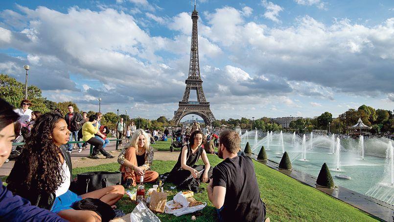 Mi-octobre, la clémence des températures a permis de pique-niquer en tenue légère à Paris.