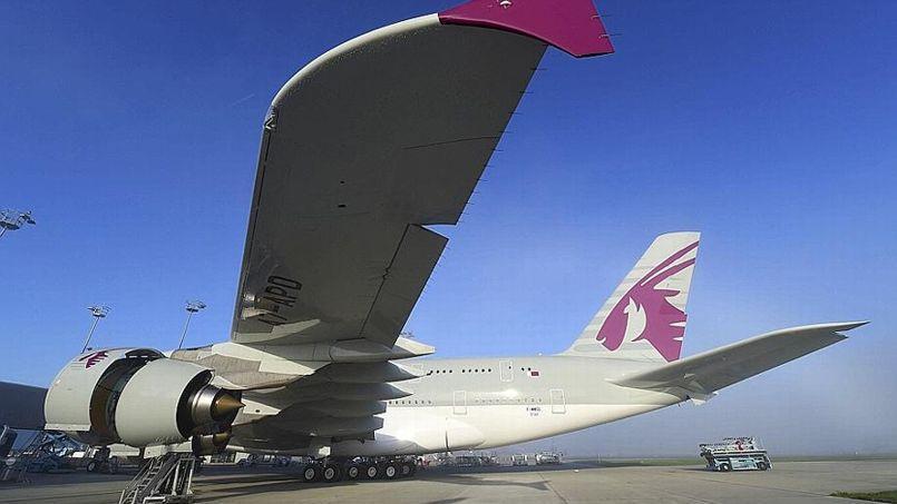 La livraison de l'Airbus A350 à Qatar Airways fait l'objet d'une fête à Toulouse et à Doha.