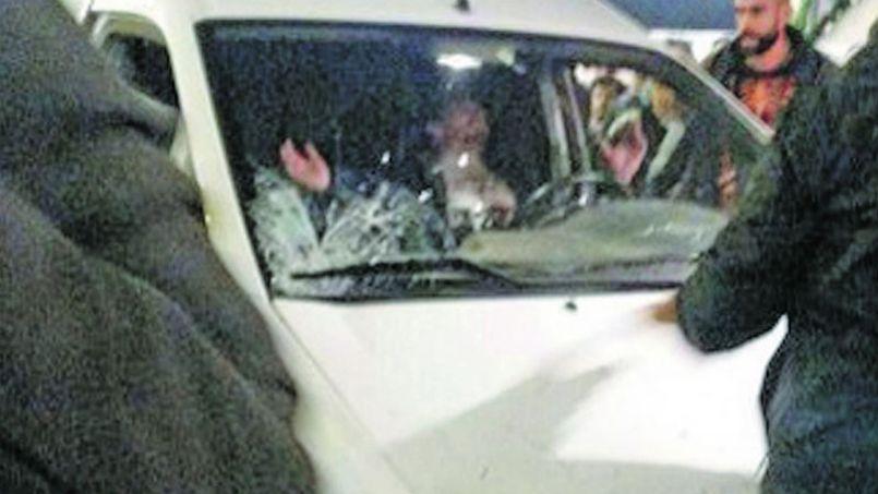 La camionnette qui a foncé dans la foule lundi soir à Nantes.