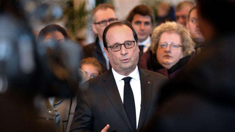 Le chef de l'État a ajouté que le gouvernement, qui s'est réuni dans la matinée à Matignon à Paris pour tirer les enseignements des drames, ferait preuve d'une «grande détermination».