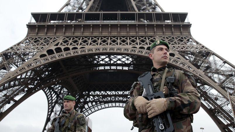 Le plan vigipirate a été relevé puis maintenu au niveau «alerte attentat» après la tuerie de Charlie Hebdo. Crédits photo: Joel Saget/AFP