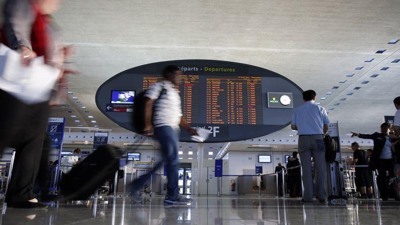 En France, le système API-PNR, qui concerne 230 compagnies aériennes et 100 millions de passagers par an, est effectif depuis la publication de deux décrets d'application fin décembre 2014.