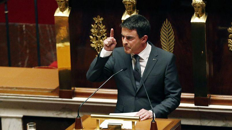 Manuel Valls à la tribune de l'Assemblée nationale.