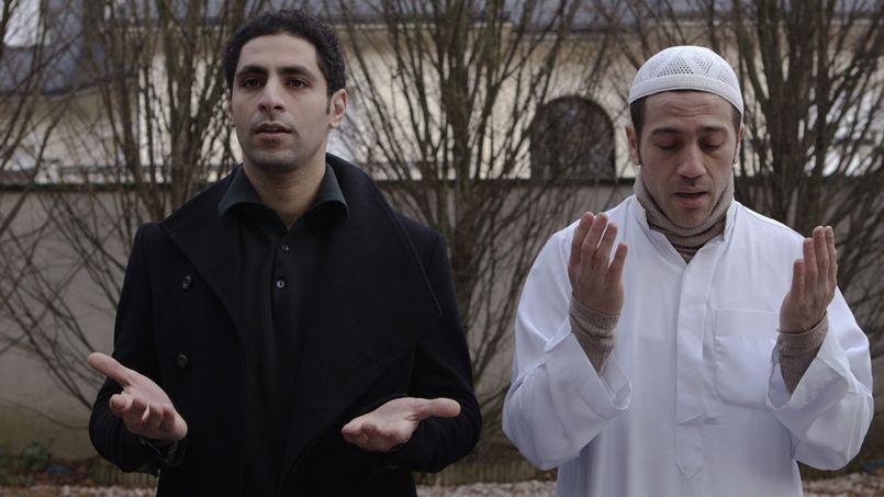 «C'est un film de paix.  L'Apôtre devrait être projeté à des chrétiens et à des musulmans, dans des lieux de culte» a déclaré la réalisatrice Cheyenne Carron au Figaro.