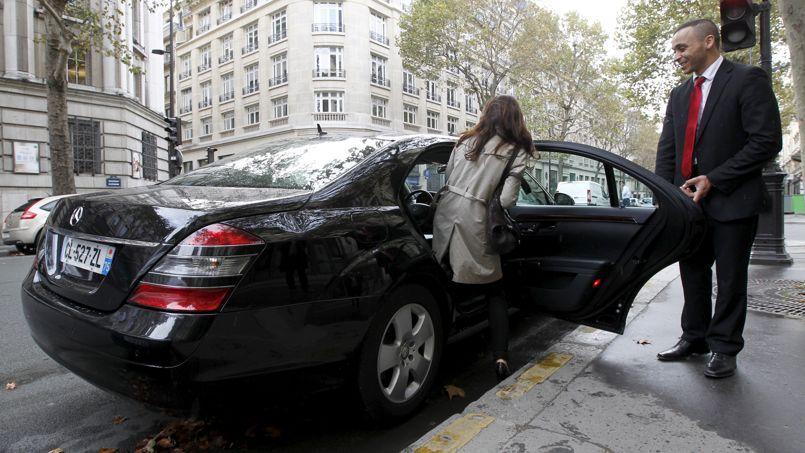 """La société Chauffeur-privé met l'accent sur son service complet (réservation à l'avance, commande immédiate, véhicules """"haut de gamme"""" )."""
