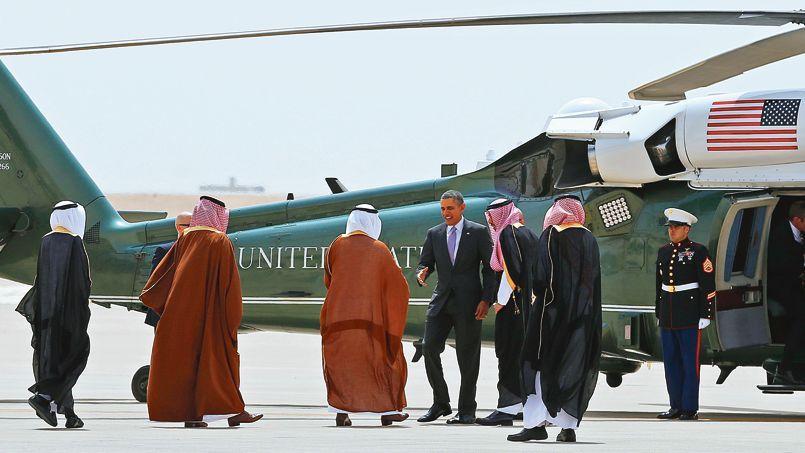 Barack Obama quitte l'Arabie saoudite, le 29 mars 2014, où il vient de rendre visite au roi Abdallah Ben Abdelaziz al-Saoud.