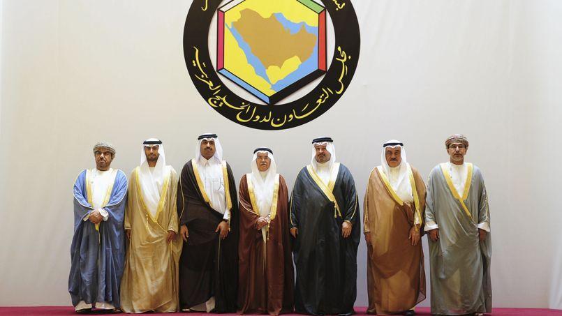 Les représentants des membres du Conseil de coopération du Golfe qui réunit l'Arabie saoudite, Oman, le Koweït, Bahreïn, les Émirats arabes unis et le Qatar.