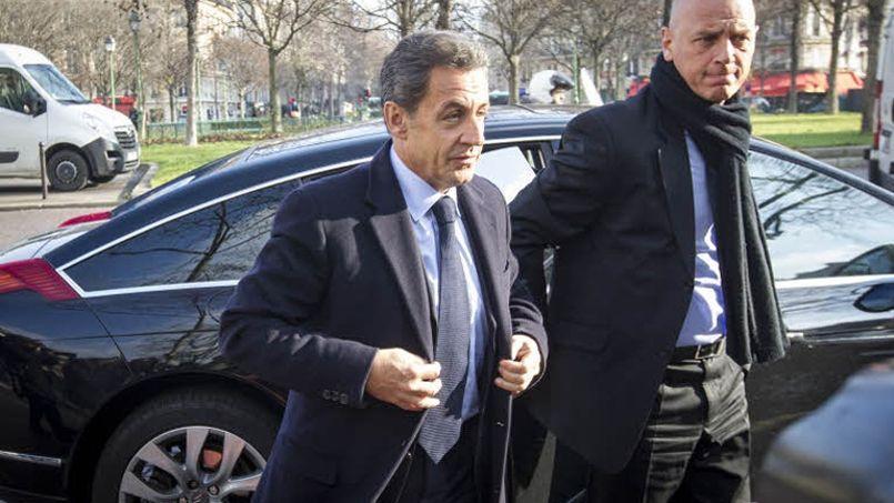 Nicolas Sarkozy de retour sur le terrain jeudi à Tourcoing
