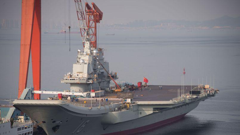 Le quotidien officiel Global Times avait souligné que «bien que les autorités chinoises n'aient jamais confirmé officiellement la construction d'un porte-avions «Made in China», elles ne l'ont jamais démentie».