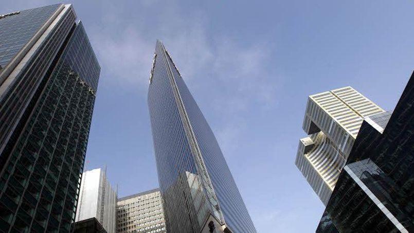 La France (ici le quartier de la Défense) est le quatrième pays d'accueil des investissements étrangers. (Crédit: Le Figaro)