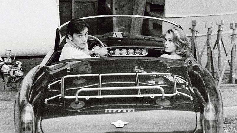 Alain Delon est mécontent de voir son nom utilisé pour faire monter les enchères d'une Ferrari California.