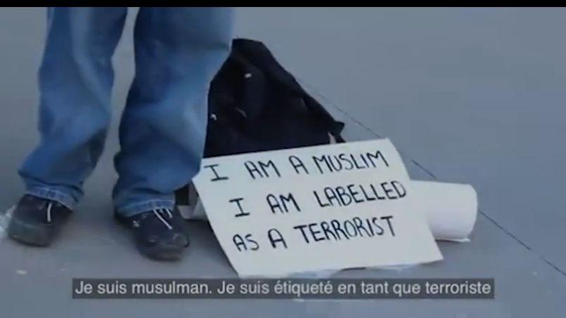 Une vidéo canadienne contre l'islamophobie a été visionnée plus d'un million de fois en 15 jours. (Capture d'écran)