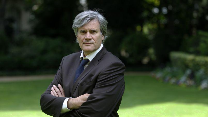 Stéphane Le Foll, dans les jardins du ministère de l'Agriculture.