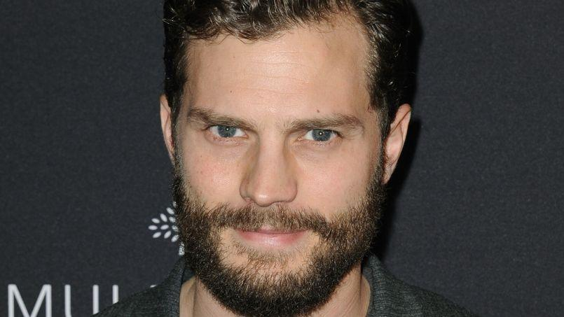 50 nuances de grey les d boires de jamie dornan for Chambre 50 nuances de grey