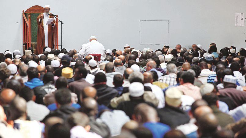 Selon un dernier état des lieux, le nombre des mosquées et salles de prière passés aux mains des fondamentalistes a plus que doublé en quatre ans.
