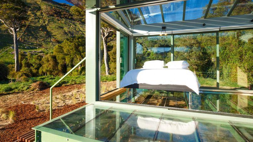 dormir la belle toile dans une maison de verre en nouvelle z lande. Black Bedroom Furniture Sets. Home Design Ideas