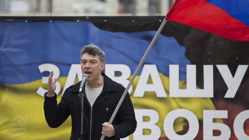 Boris Nemtsov, le 15 mars 2014, lors d'une manifestation contre la politique de Vladimir Poutine en Ukraine.