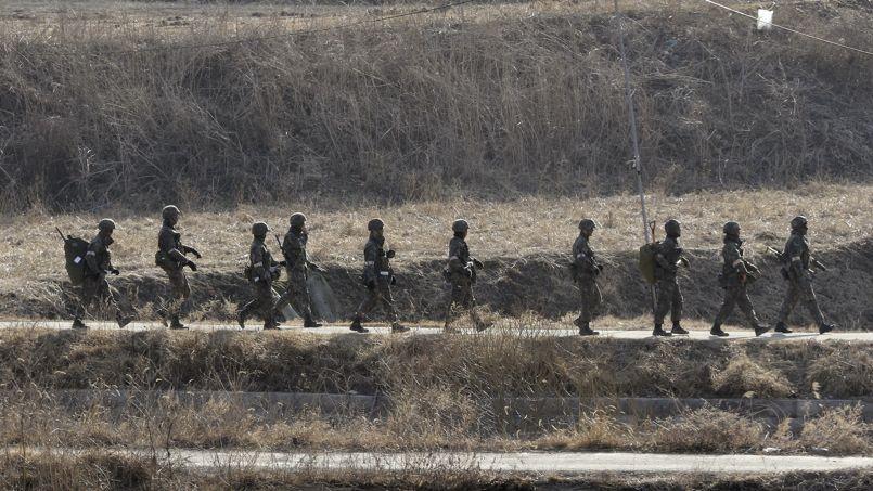 Pyongyang défie les Etats-Unis et procède à des tirs de missile