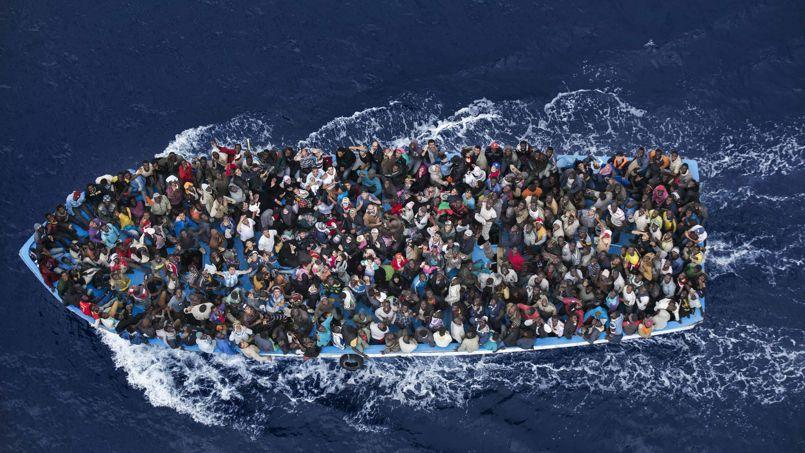 Sur l'ensemble de 2014, plus de 170.000 immigrés clandestins sont arrivés par la mer en Italie, selon l'agence européenne pour la surveillance des frontières Frontex