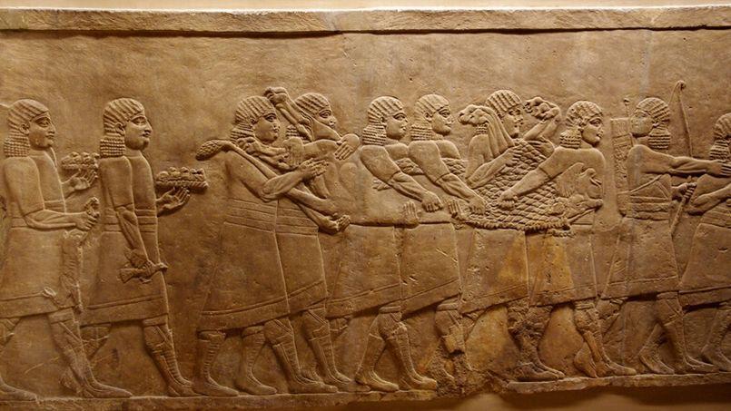 Scène de chasse sur un bas relief de palais assyrien de Nimroud, le 14 juillet 2011 au British museum de Londres. Crédit photo: Ken and Nyetta sous licence CC, via Flickr