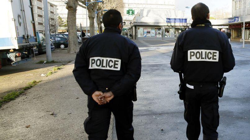 Plusieurs fonctionnaires de police ont été visés sur internet, mais aussi leurs familles.