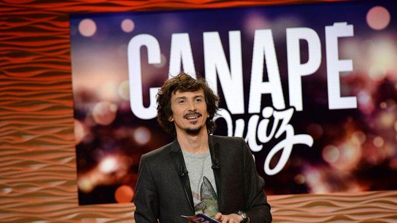 Canap quiz arnaud tsam re annonce le retour de l for Canape quiz