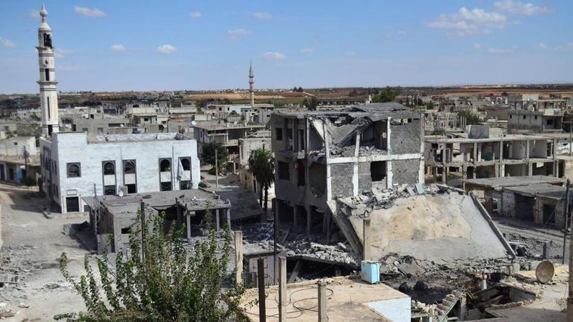 Une rue de Talbisseh, dans la province de Homs. La Russie a confirmé mercredi qu'elle avait mené une première frappe aérienne dans la région.
