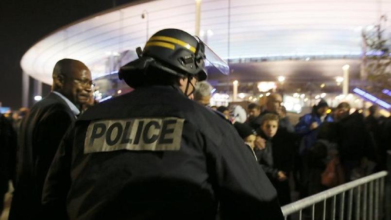 Attentats de Paris : l'enquête se poursuit, de nouvelles arrestations annoncées