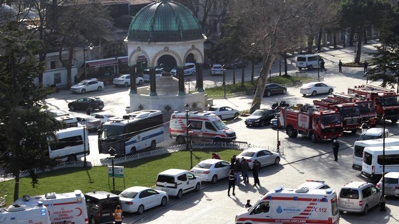 EN DIRECT - Attentat à Istanbul : l'assaillant était un membre de Daech