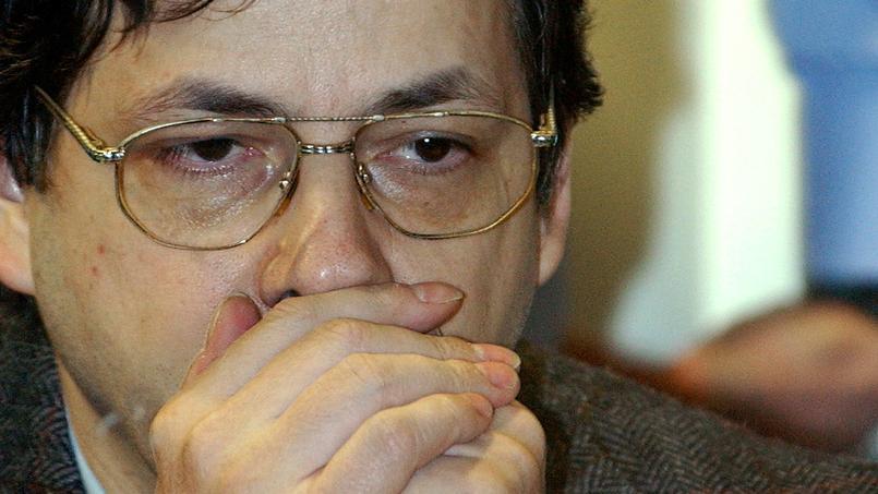 Marc Dutroux au tribunal, le 12 mai 2004.