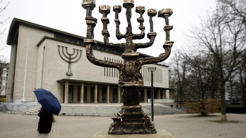La victime a été agressée à 500 mètres à vol d'oiseau de la grande synagogue de Strasbourg.