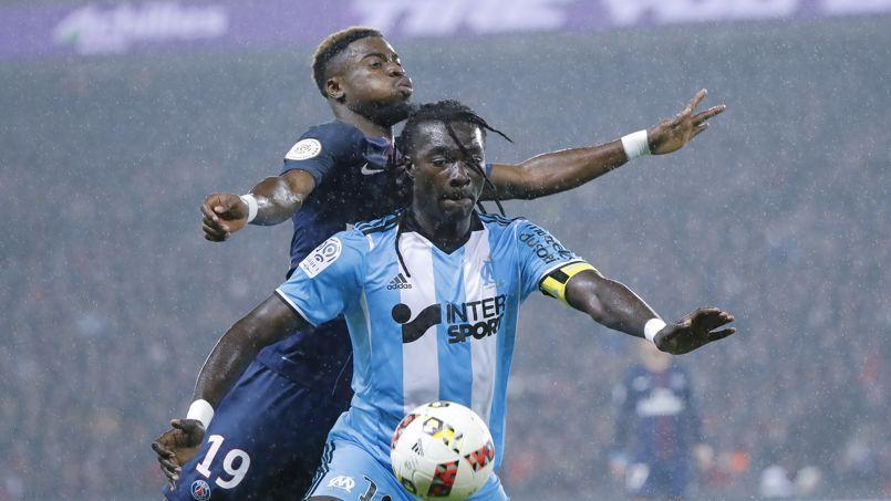 Bafétimbi Gomis n'a pas eu la chance de souvent s'illustrer face au Paris SG dimanche.