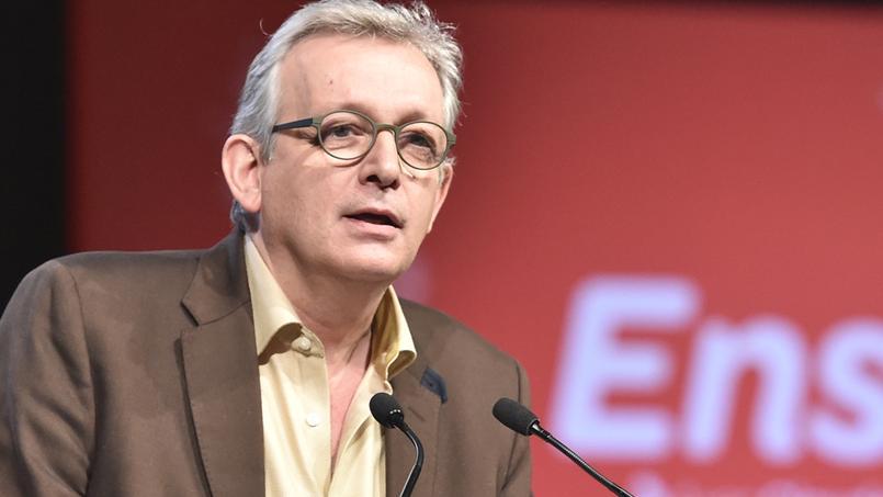 Présidentielle: le patron du PCF va proposer de soutenir Mélenchon