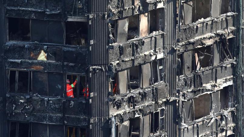 Incendie de Londres: 79 morts
