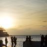 Située au bord de la mer Adriatique, la ville est jumelée avec d'autres ports, tel Le Havre.