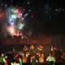Cinéscenie. Un spectacle en forme de sons et lumieres qui a fait le succes du Puy du Fou. Crédit photo: Pierre Terdjman/Cosmos pour le Figaro Magazine