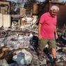 Cet homme vient constater l'étendue des dégâts après le passage des flammes sur sa maison située à environ 70 km de Sydney. Plus de 200 maisons ont été détruites depuis une semaine.
