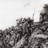 Le 9 avril 1917, les troupes canadiennes prirent le contrôle de la crête de Vimy, à l'issue d'un assaut qui fit plusieurs milliers de morts.