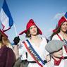 Des jeunes filles déguisées en Marianne représentaient le collectif des «Marianne pour tous», un groupe de femmes qui se dit «solidaire de toutes manifestations pouvant déstabiliser le gouvernement actuel».