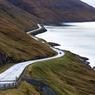 Pour s'emerveiller plus encore, on se laisse guider par ces routes qui épousent les contours des fjords et mènent à des «nulle part» aux consonances vikings.