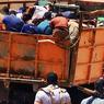 Des prisonniers irakiens entre les mains des djihadistes sont emmenés dans un endroit inconnu pour être exécutés.