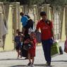 Depuis dimanche, des dizaines de milliers de personnes ont pris la fuite dans le nord du pays face à l'avancée des djihadistes.