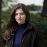 Frederika Amalia Finkelstein conte l'errance d'une jeune femme qui veut oublier la Shoah. L'oubli aux éditions «L'Arpenteur» chez Gallimard.