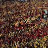 Des milliers de manifestants, habillés en jaune et rouge, ce sont rassemblés à Barcelone pour appeler à l'indépendance de la Catalogne.